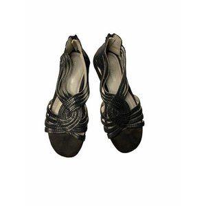 Naturalizer black sandals flats back zip closure